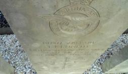Tombes des equipages des avions de la RAF- Houffalize. Ici, un certain J. Kennedy.