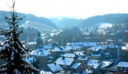Salmchateau sous la neige
