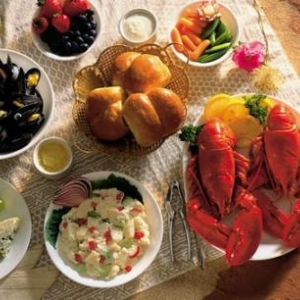 An Island Lobster Picnic - (c) Tourism PEI
