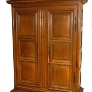armoire en chene ( France, fin 18eme siecle)