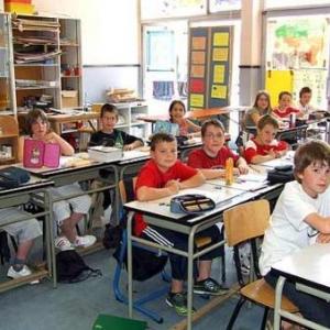 Ecole primaire de Vaux-sur-Sure: 1er prix de la dictee 2007