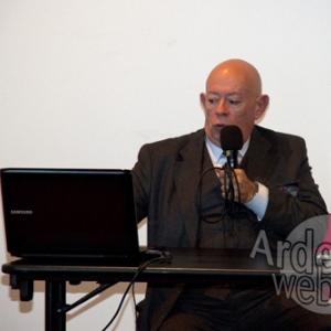 Dr Marco Paya