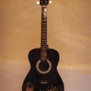 licensed elvis presley acoustic black 39.95 euros