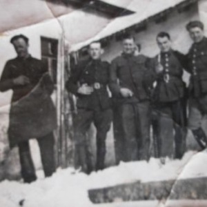 Dans la neige (Paul, a gauche)