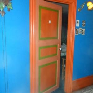 La Grande vadrouille. Couloir avce les fameuses chambres 6 et 9