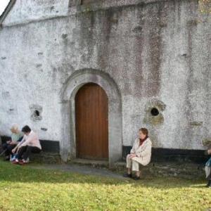 devant la chapelle St-Roch: a peste et cholera, libera nos Domine