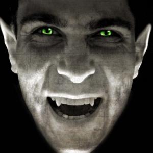 Dracula, Le Pen, Jean-Marie, Marine, vampire, cherchez l'intrus.
