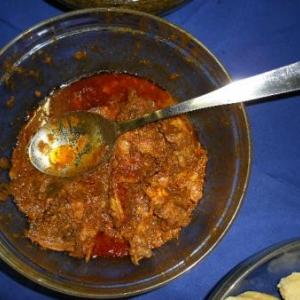 ce qu'il reste de poulet sauce moambe (avec huile de palme)