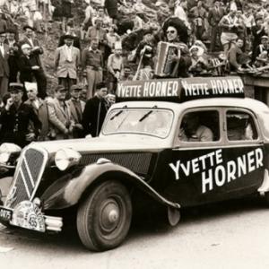 Yvette Horner sur la route du Tour de France, 1973.