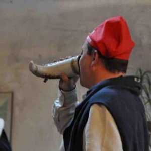 Chapitre de la Chouffe, 17 mars 2012. Yves Jacquemin sa corne.