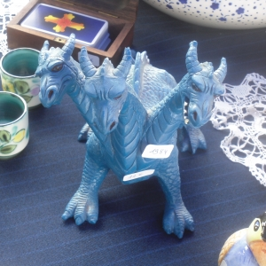 Le dragon bleu de l'Apocalypse.
