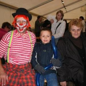 35. y'a d'la joie, avec le clown Toto!