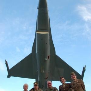 Reconstitueurs sous un F16