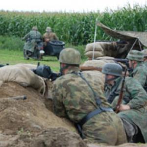 Allemands dans une tranchee
