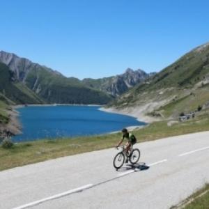 Prêt(e) à bouger dans les montagnes en France cet été ?