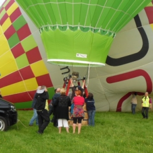 depart en montgolfiere a han sur lesse