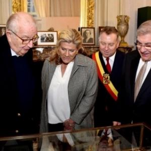 Le Roi Albert II, la Princesse Lea et le Gouverneur Denis Mathen (c) Andre Dubuisson