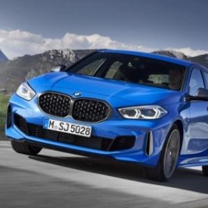 """Une nouvelle """"BMW"""" aux conditions du """"Salon Auto, Moto, Mobility"""" (c) """"Gocar""""/""""BMW"""""""