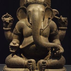 """Ganesh (c) E. Denis/""""LaBoverie""""/""""Europalia"""""""