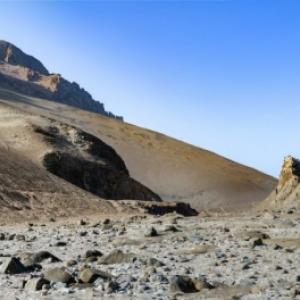 """Au Chili, le desert d Atacama longeant l Ocean Atlantique, dans la Province d Arica (c) """"Panoramique Terre Productions"""""""