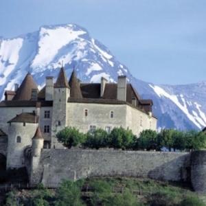 De la Savoie au Valais, a Gruyeres