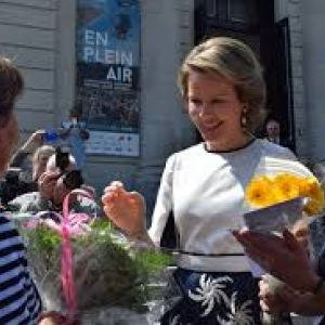 "Visite de la Reine Mathilde (c) ""laboverie.com"""