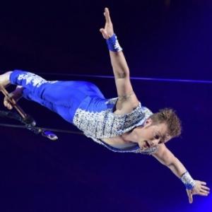 "Alexander Lichner et ses prestations epoustouflantes au trapeze (c) Hannes Magerstaedt/""Getty Images Europe"""