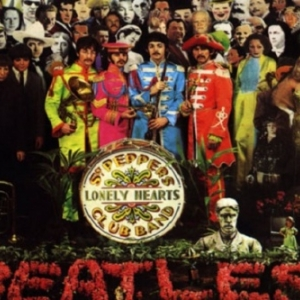 "Le 33 t. des Beatles ""Sgt Pepper s Lonely Hearts Club Band"")"