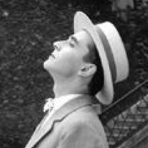"""Jean-Luc Godard, dans """"Les Fiances du Pont Mac Donald"""", court inclus dans """"Cleo de 5 a 7"""""""