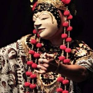 "Danse ""topeng"" (c) Panji Sutrawinangun"