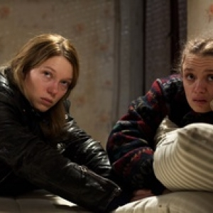 "Lea Seydoux et Sara Forestier, dans ""Roubaix, une Lumiere"" (Arnaud Desplechin)"