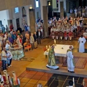 Chants et Musiques du Monde a l eglise de Jambes