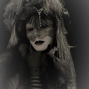 """Regards masques"" (c) Pierre Decoeur"