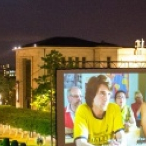 "En plein air, au Mont des Arts, derniere projection gratuite de ""Best of"", ce samedi 04, a 21h30"