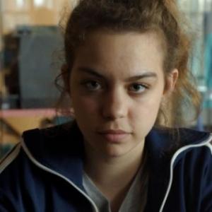 """""""Plaque Or"""" (Chloe Leonil), film laureat, en 2019, du """"Prix BTV-Court Metrage belge"""", au """"FIFF"""""""