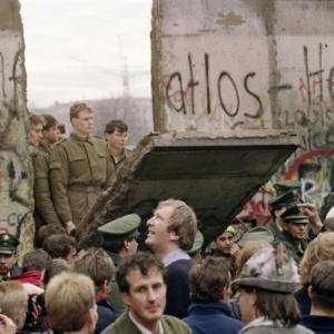 """Le 09 novembre 1989, a Berlin (c) """"La Croix"""""""