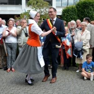 Maxime Prevot, un Bourgmestre aimant le Folklore