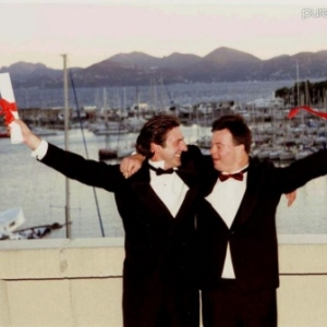 """Pascal Duquenne et Daniel Auteuil, """"Prix d Interpretation masculine"""", a Cannes, en 1996 (c) Angeli"""