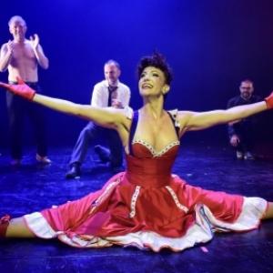 """Un spectacle digne du """"Moulin Rouge"""", """"Feeries de Namur"""", avec, ici, quatre spectateurs sur scene"""