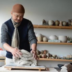 Dans son atelier (c) Bai Ming