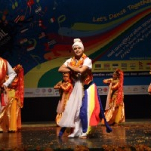 "Nepal : ""Everest Nepal Cultural Group"""
