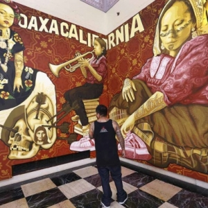 """Tlacolulokos-Oaxacas a Los Angeles"", fresques a l entree du ""Musee de l Hospice Comtesse"""