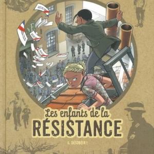 """""""Desobeir"""", 6e album de """"Les Enfants de la Resistance"""" (c) Vincent Dugomier et Benoit Ers/Editions """"Le Lombard"""", sur la scene de """"Fintro"""""""