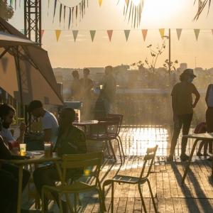 """Coucher de soleil, sur l'esplanade de la Cité administrative © """"Brussels Major Event"""