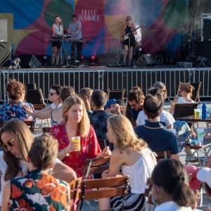 """De la musique sur l'esplanade de la Cité administrative © """"Brussels Major Event"""
