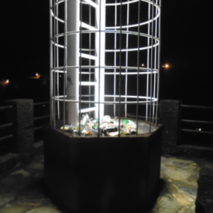 04.05.2019  Houffalize. Tour du donjon, la nuit.