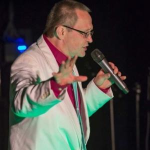 chanteur Jean-Lou. Photo C.Kerf-1712