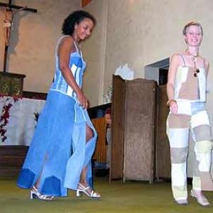 Defile au sein de la chapelle de RENDEUX du 2 octobre 2004 - photo 136