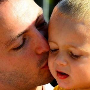 Amour & Tendresse : Tu seras un homme, mon fils !
