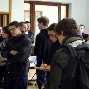 Actions Jobs Etudiants  Florenville, Arlon et Bastogne